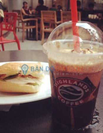 Highlands Coffee – Big C Cityland, Quận 7
